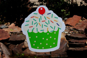 Birthday Cupcake Parker Yard Greetings